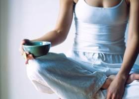 Голодание 1 день в неделю: в чем суть, польза и вред, недостатки, этапы проведения